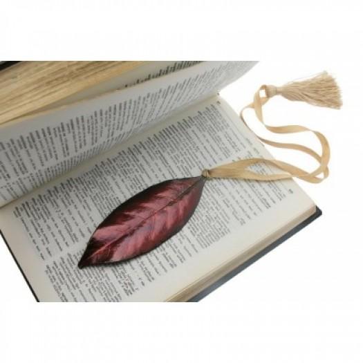 """Закладка для книги """"Alice"""""""
