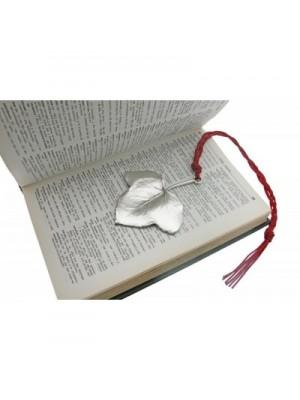 """Закладка для книги """"Ivy Case"""""""